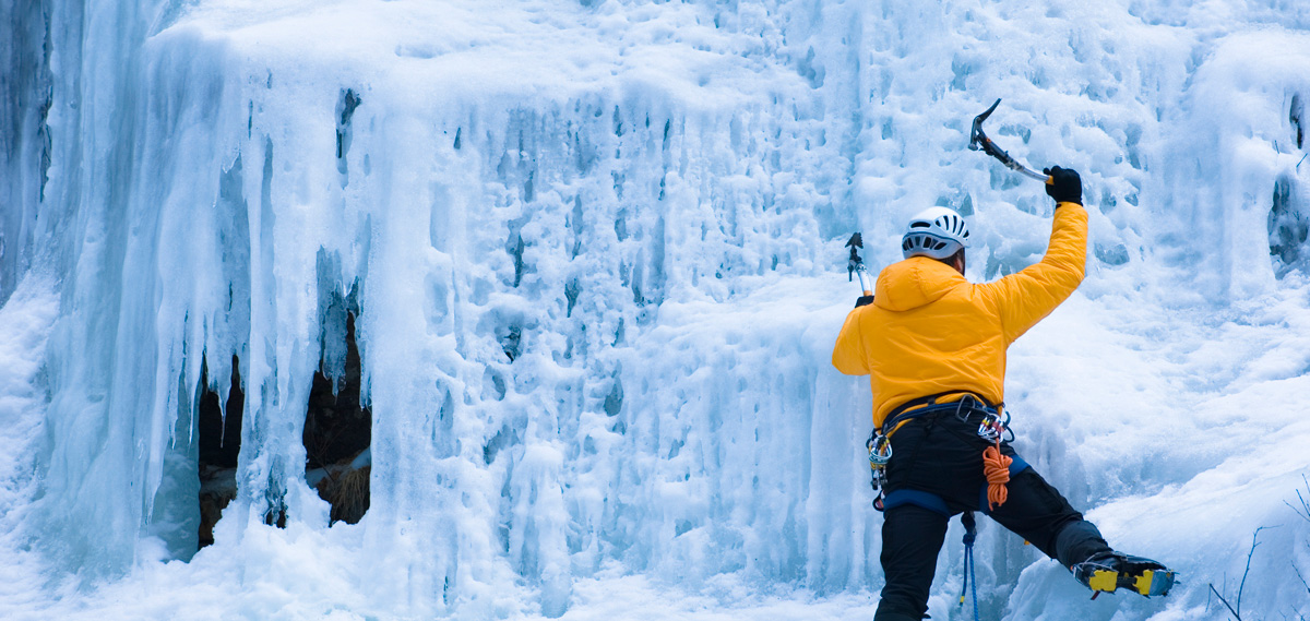 mtwash-omni-mount-washington-resort-winter-ice-climbing