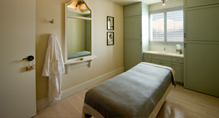 mtwash-omni-mount-washington-resort-spa-massage-room